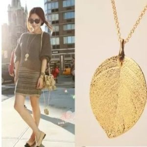Jewelry - Gold Leaf Long Sweater Chain Pendant Necklace Nwot